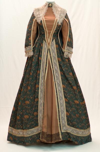 Плаття жіноче. Франція