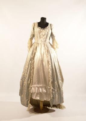 Сукня жіноча, епохи Рококо. Європа перша пол. 18 століття