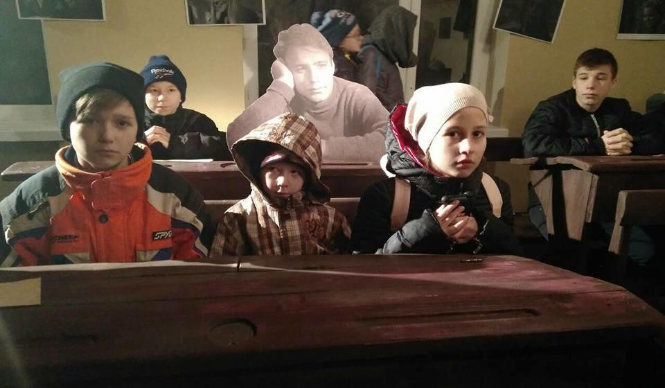 """В рамках акції """"День добра"""" Одеська кіностудія провела безкоштовну екскурсію в """"Музей-експозиції кіно"""""""