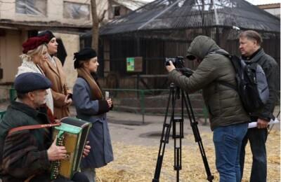 Одеська кіностудія та кінокомпанія «Південь-Фільм» продовжують зйомки художнього фільму «Посмішка левиці»